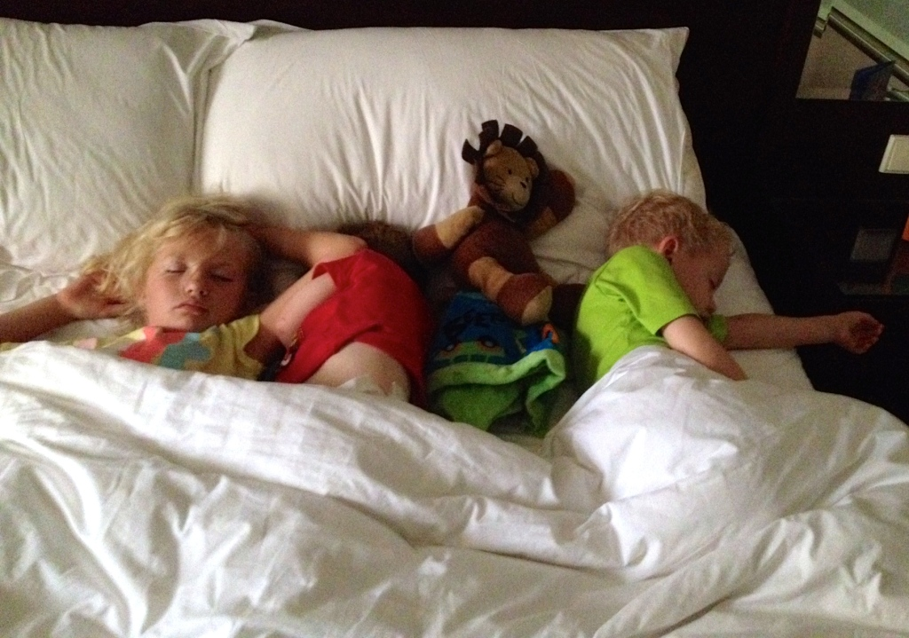 kids after nap to deal with jetlag